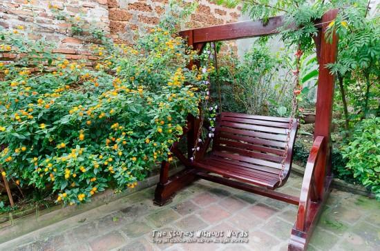 『素敵な庭』 K-5Ⅱs DA15mmF4 [15mm F8 1/90 ISO1100 ±0EV]