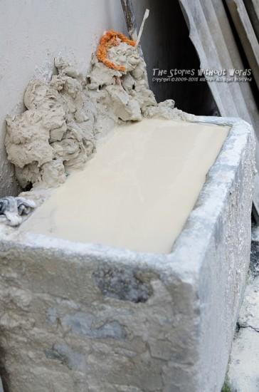 『牛乳風呂』 K-5Ⅱs FA31mmF1.8 [ F2.8 1/1000 ISO100]