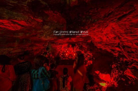 『赤の洞窟』 K-5IIs SIGMA 8-16mmF4.5-5.6 [8mm F4.5 1/8 ISO3200]