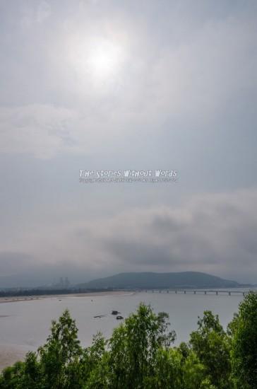『海の橋』 K-5IIs[15 mm 1-8000 秒 (f - 16) ISO 160]