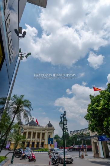 『オペラハウスと青い空』 K-5IIs [15 mm 1-2000 秒 (f - 5.6) ISO 160]