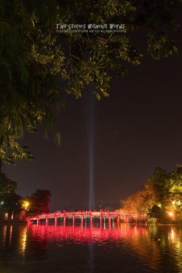 『光の共演』 K-1 [31 mm 1-15 秒 (f - 5.6) ISO 6400]