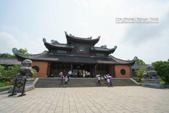 『巨大寺院四度』 A7RII / SEL1635Z [16mm F4 1/1500 ISO100]