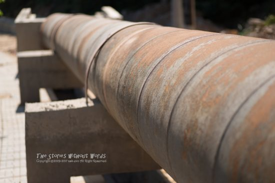 『スパイラル鋼管』 K-1 / DFA100mmF2.8WR Macro [ F2.8 1/2000 ISO200]