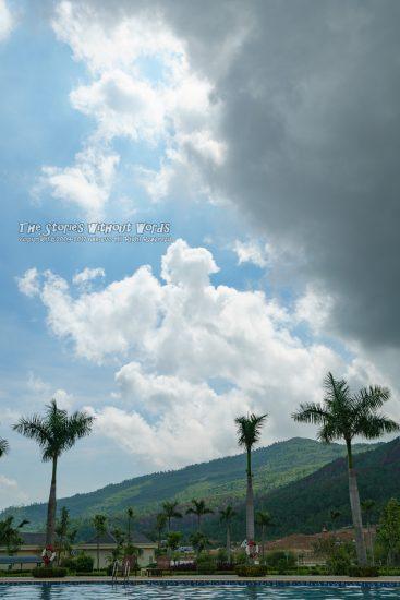 『不穏な雲』 A7RII [35 mm 1-750 秒 (f - 8.0) ISO 100]