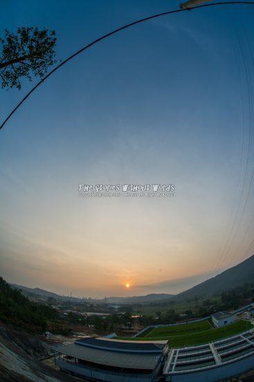 『夜明けのグラデーション』 [15 mm 1-4000 秒 (f - 8.0) ISO 200]